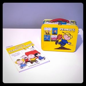 Peanuts Other - 🍭Peanuts Book and Mini Lunchbox